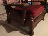 Antique love seat. $$$$$$. Potential. Mississauga, L5B 4N4