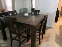 Dining Table Springfield, 01107