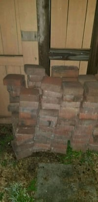 Red pavers 6x6 x 3in. Thick Clermont, 34711