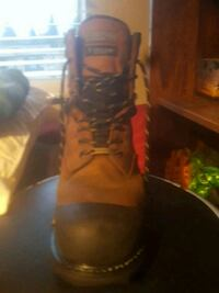 Mens size 12w steel toed boots Abbotsford, V2S 1L2