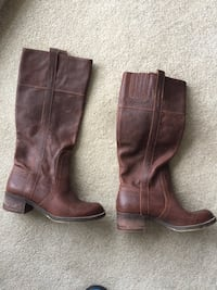 Brown leather boots size 8