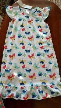 Girl's Sleeping Gown Size 10-12