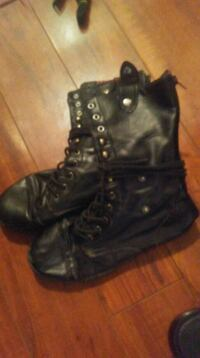 pair of black leather boots Calgary, T2K 3R8
