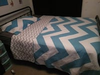 Teal quilt king sized and pillow case Hamilton, L8N 3X2