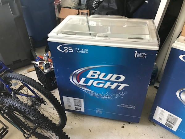 Blue and white Bud Light Cooler on Wheels