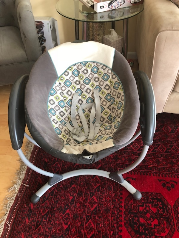 Graco baby swing and rocker