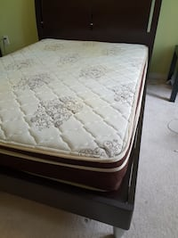 white and gray floral mattress Mississauga, L5M 0C9