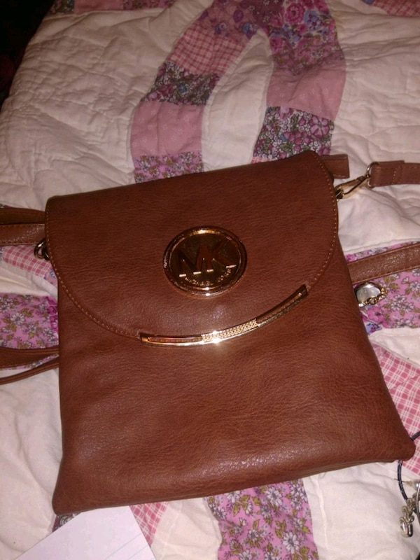 d7b9c5d56315 Used Michael Kors over the shoulder purse for sale in Albany - letgo