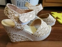 Beautiful heels size 7 Toronto, M1W 1H9