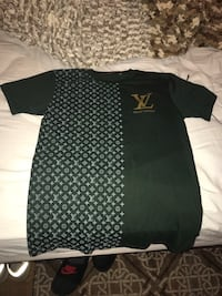 Louis Vuitton Shirt: Medium