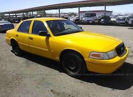 2005 Ford Crown Victoria Police w/Street Pkg (Fleet)