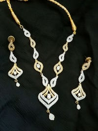 gold-colored necklace and earrings Milton, L9T 0W3