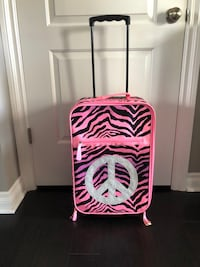 Justice rolling suitcase excellent condition
