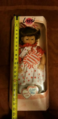 Vintage World Wide Lissi Girl Doll NIB  Fairfax, 22030