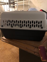 Black and gray pet crate Alexandria, 22312