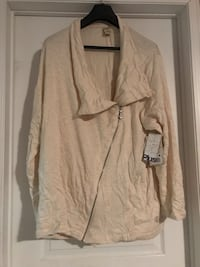 white zip-up jacket Whitby, L1P