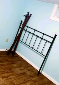 Queen bed frame and wrought iron headboard!  Sioux Falls, 57103