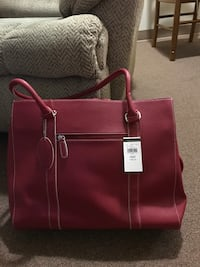 Beautiful Red leather shoulder bag NWT Essex, 21221