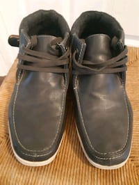 Aldo leather shoe size 9 Milton, L9T 8B4