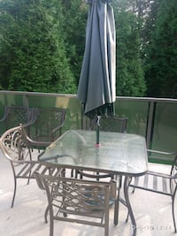 Patio table and chairs Coquitlam, V3K 6S6