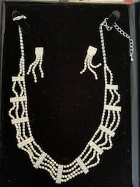 Crystal necklace and matching earrings Toronto, M4M 3A3