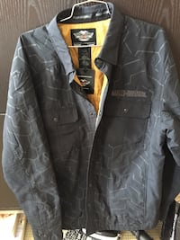 Harley Davidson Men's XL Shirt/Coat.  Brand New never worn.  Too small and missed the return deadline. Paid $180.  Make me an offer.   Chestermere, T1X 0B1