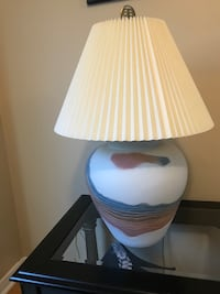Table lamp Vaughan, L4L 5M6