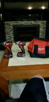 Milwaukee Set Impact and Drill Driver  Vancouver, V5X 1Y7