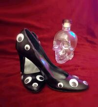 """I See You"" Sz.8 Blk Heals w/ Googly Eyes London, N5W 2P2"
