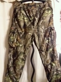 Men's insulated real tree hunting pants size XL 119 mi