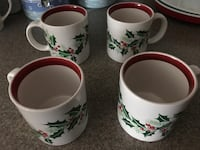 4 Christmas - Holly ceramic cups Falling Waters, 25419