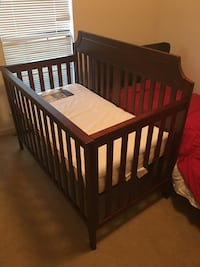Summer Infant Highlands Convertible 4-in-1 Crib, Mocha Montgomery, 36109
