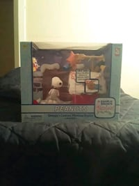 Snoopy's Contest Winning Display playset
