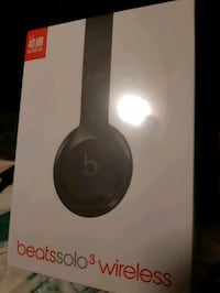 Wireless Beats headphone