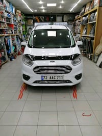 2018 Ford Tourneo Courier Journey Hilal