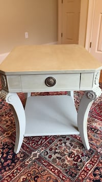 Large end table, antiqued with great detail to legs! North Augusta, 29860