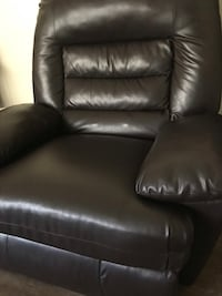 Black leather recliner sofa chair 2239 mi