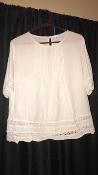 Women's large old navy shirt Lubbock, 79423
