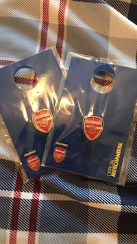 Official merchandise Arsenal FC pins  Bristow, 20136