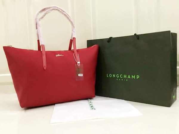 406af28a76fa Used red women s Long Champ tote bag na may kahon for sale in Muntinlupa -  letgo