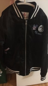 Justice jacket size8 to 10  726 km