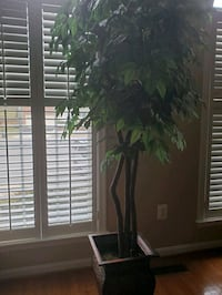 Artificial plant/tree