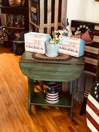 End tables $50 Each Middletown, 21769