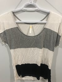 women's white and black scoop-neck shirt Surrey