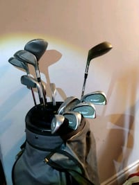 Golf clubs & price negotiable