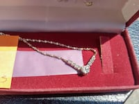 Cubic Zirconia Necklace and Earrings Set Mississauga, L5G 1C3
