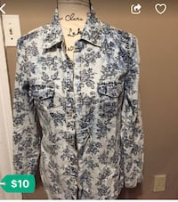 white and black floral button-up shirt DETROIT