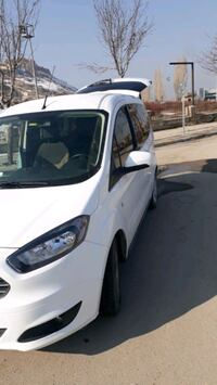 Ford - Courier - 2017