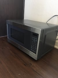 Black and gray microwave oven Tampa, 33616