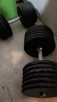 black and gray dumbbells and barbell Chicago, 60638